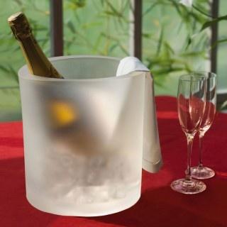 """portabottiglie """"wine ot""""   accessori mai visti idee design complementi vari complementi accessori ufficio ufficio design termico"""