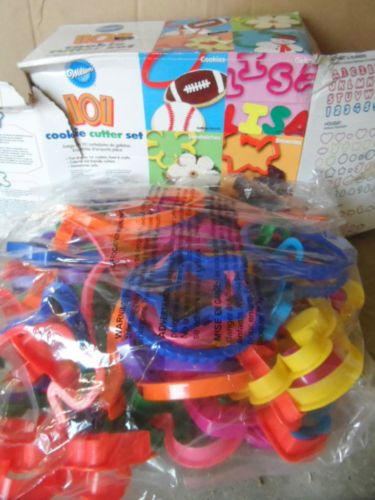 COOKIE CUTTERS,101. SHAPES, NUMBERS, SEASONS & MORE. NEW