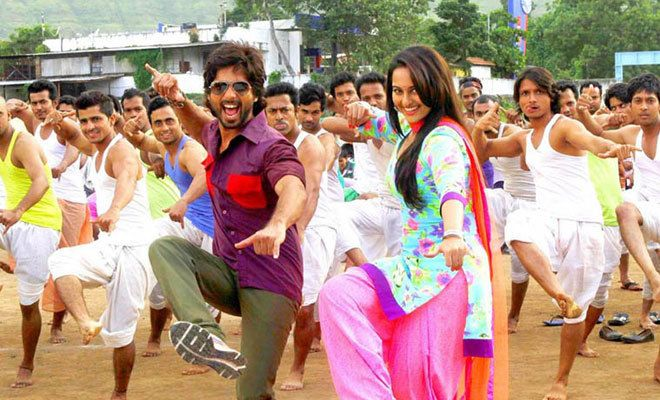 'R... Rajkumar' takes decent start at box office but ripped to shreds by critics — BollyBrit