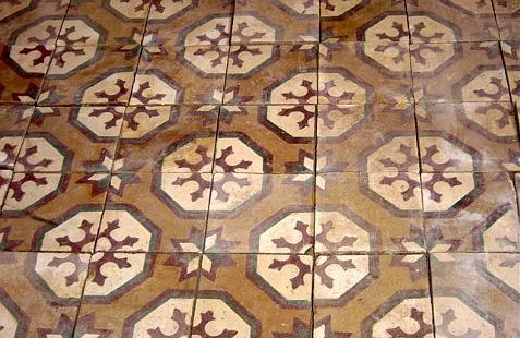 antique provence tile