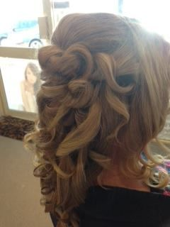 Gorgeous pin up curls x