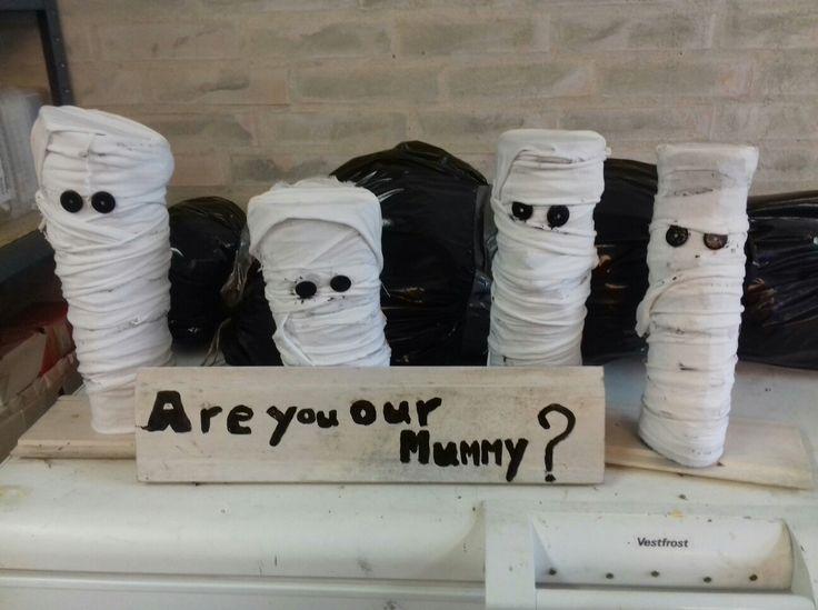 made my own Mummies  Mummy - halloween - DIY- tree. made by Yvonne Paulsen DK