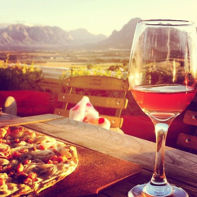 Wine, pizza, mountain, sun...what else could a mere mortal possibly want?