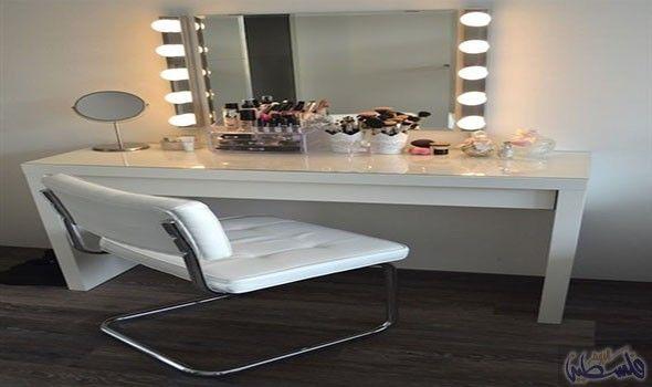 اختاري المرايا المضيئة لديكور فاخر لمنزلك Makeup Room Diy Room Decor Makeup Room Decor