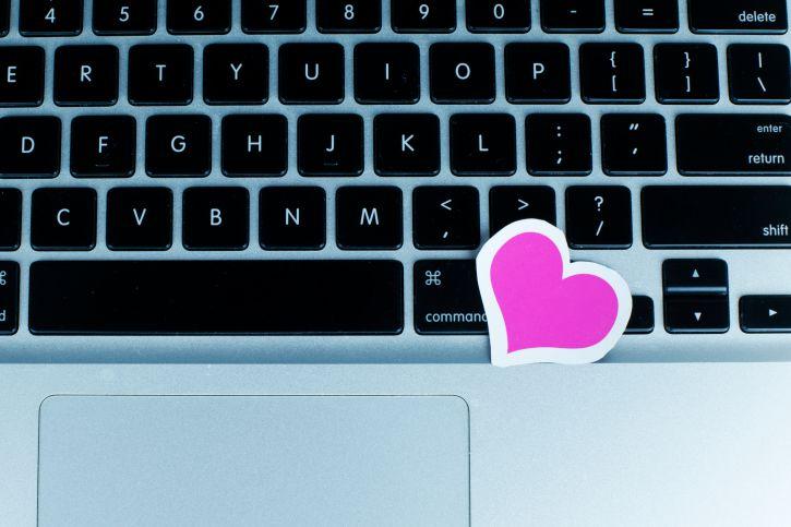 speech internet dating