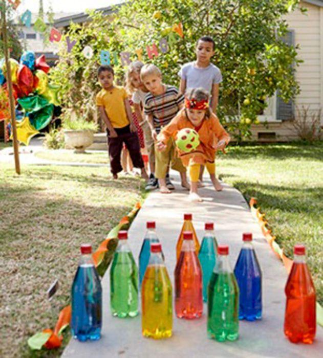 Dia Mundial da Água: aprenda a reutilizar garrafas plásticas - Casa