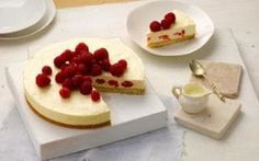 Philadelphia raspberry shortbread cheesecake