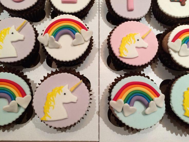 Unicorns and rainbow cupcakes