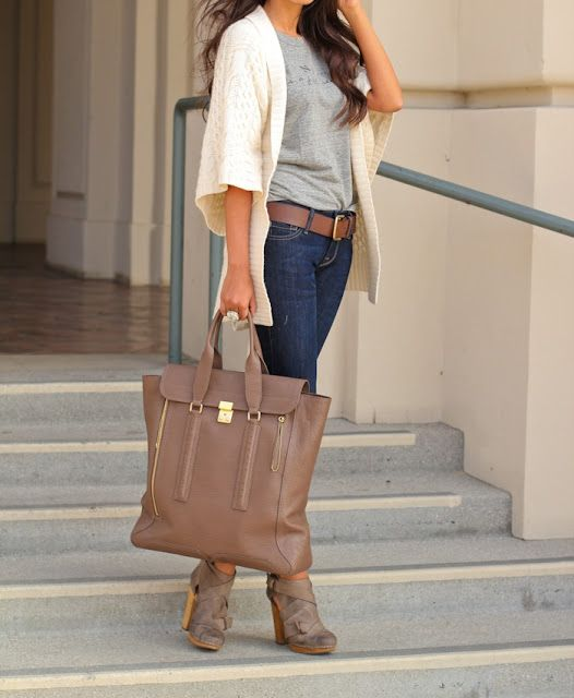 32 Street Style Ideas For Your Stylish Look This Spring - Fashion Diva Design