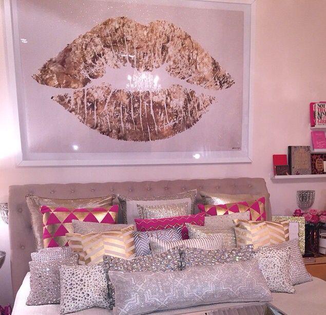 Bedroom Bed Photo Glitter Bedroom Accessories Pink Accent Wall Bedroom Bedroom Bench Decor: Best 25+ Glitter Room Ideas On Pinterest