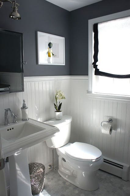ideas to decorate a small bathroom to make it look bigger with high or low  contrast. 17 Best ideas about Small Bathroom Paint on Pinterest   Small