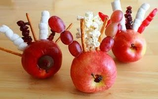 Lots of Thanksgiving ideas... I remember making these as a kid!