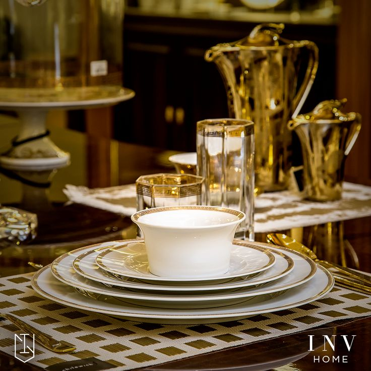#LuxeBrands #EnvyINV Bring high fashion to your home with these dinnerware range from Versace. Shop online here: http://www.invhome.in/brands/versace  #Dinnerware #HomeDecor #InteriorDesign #Versace #LuxuryHomes #HomeLinen #PremiumHomes #LuxuryHouses #Decor #Luxury #Decorations