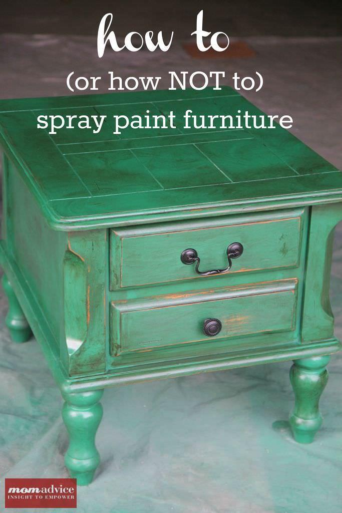 como pintar muebles con pintura en aerosol