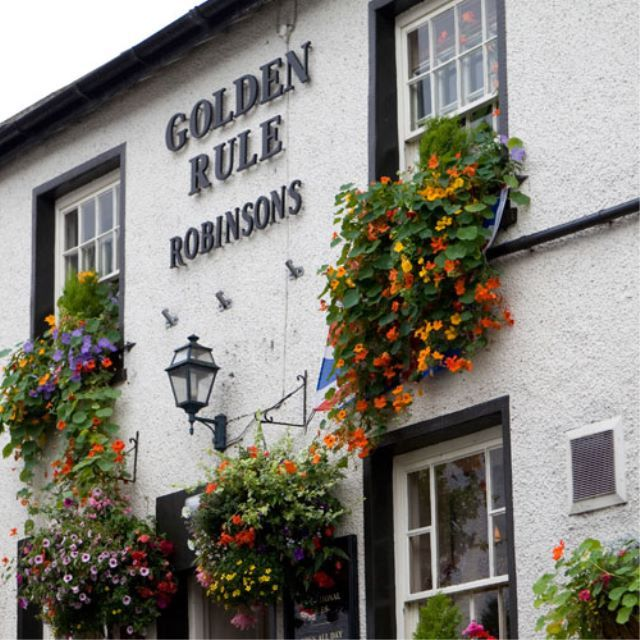Robinsons' pub the Golden Rule, Amleside