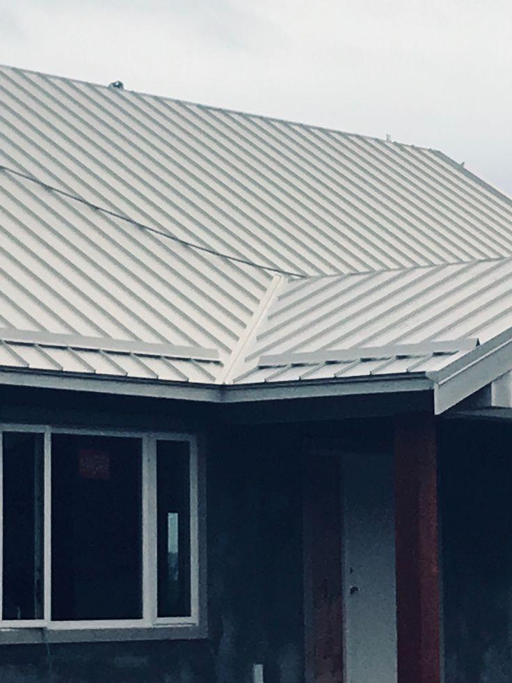 24gg Prolok Hidden Fastener Metal Roof Bone White