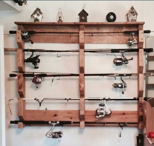 17 best images about pallet projects on pinterest for Fishing rod storage ideas