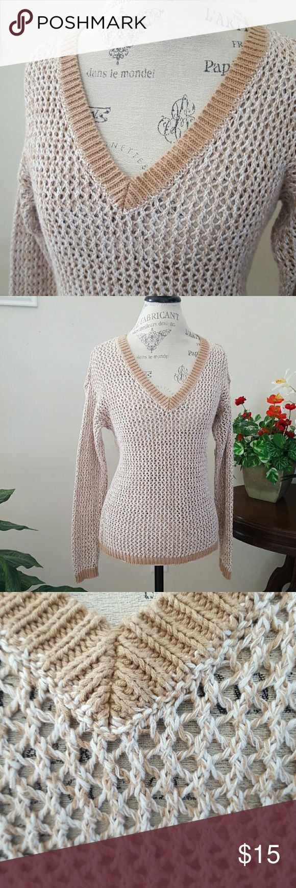 Tommy Hilfiger Open Weave Linen/Cotton Open weave sweater is a linen/ cotton blend that is  breathable and cool in tan and white.  Slip it on over you favorite bralette or bandeau with jeans and sandals!  Voila! Tommy Hilfiger Sweaters V-Necks