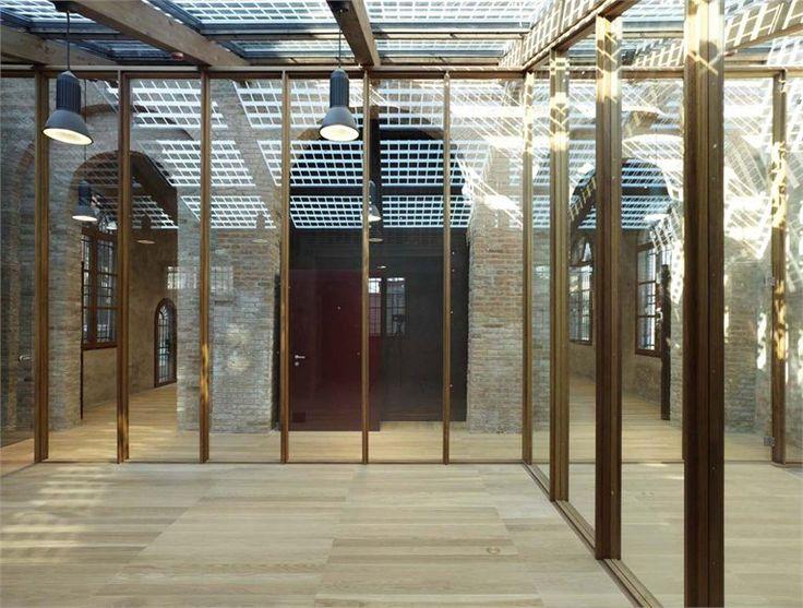 HBB. HARBOUR BRAIN BUILDING - Venice, Italia - 2011 - C+S Architects