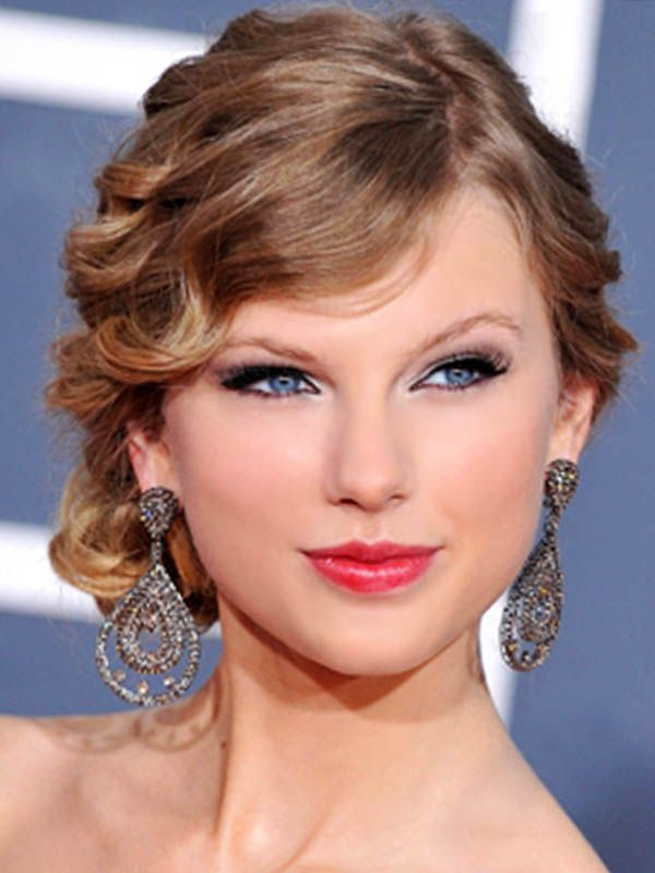 Updos For Medium Hair Bridesmaid | ... Photo Gallery About Taylor Swifts | Updos for medium length hair