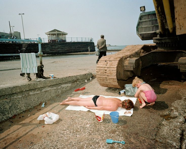 The Last Resort, Martin Parr Funny streetphotography