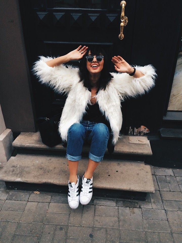 Agnija Grigule - Missguided White Faux Fur Coat, Adidas Superstars, Levi's®…