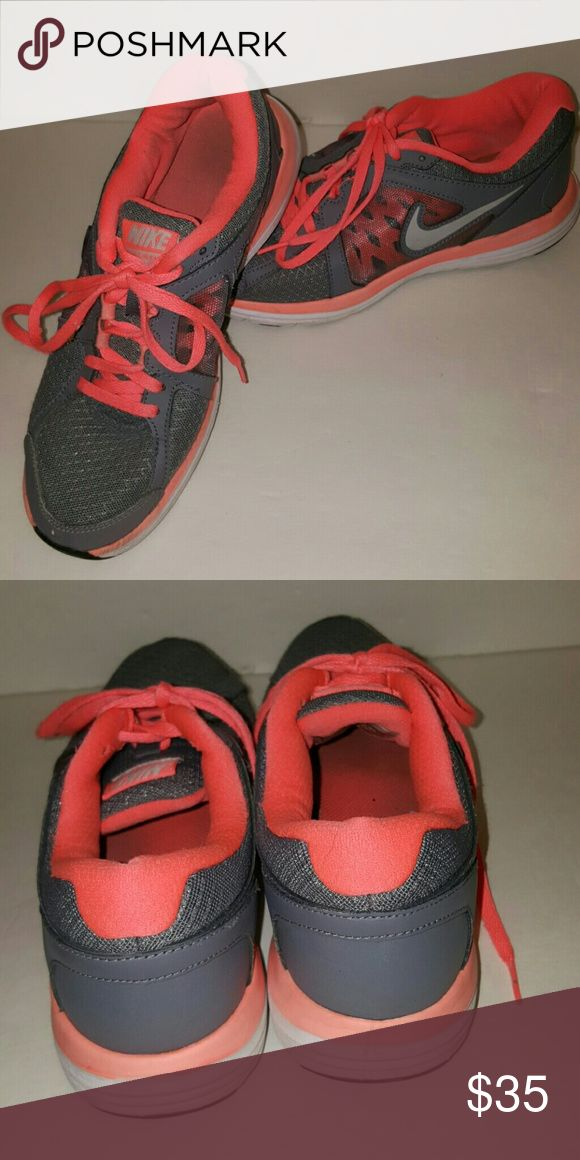 Nike double fusion st3 size 7.5 Beautiful color, they are a darker grey and coral. In good condition Nike Shoes Athletic Shoes