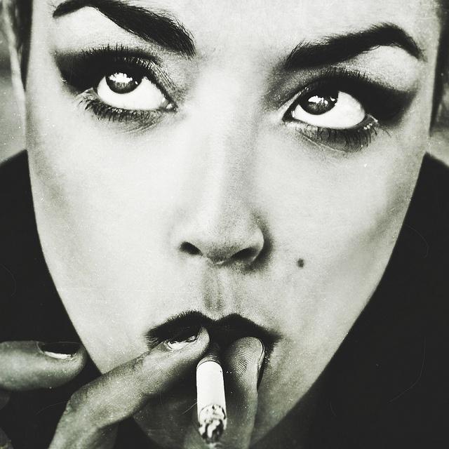 Donne contro uomini (Model: Dalila Minerva) By Francesca Errichiello via flickr
