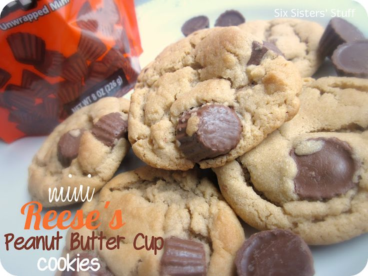 Mini Reese's Peanut Butter Cup CookiesButter Cups Cookies, Reese Peanut, Minis Reese'S, Chocolates Cookies, Sixsistersstuff Com Cookies, Reese'S Peanut, Cookies Recipe, Six Sisters Stuff, Peanut Butter Cups
