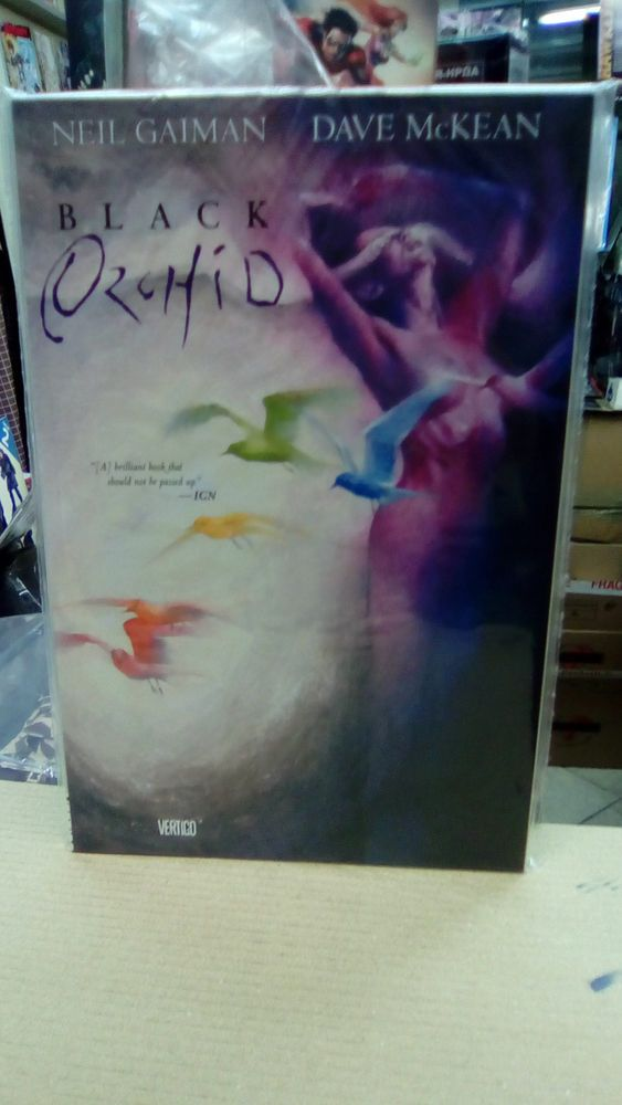 Black Orchid TP,Signed by Dave Mc Kean+ a sketch! by the Artist!Mint Condition!