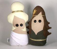 Greek Goddesses Aphrodite and Demeter Plush by Saint-Angel great plushie toys for fantasy,myth lovers from fleece or felt