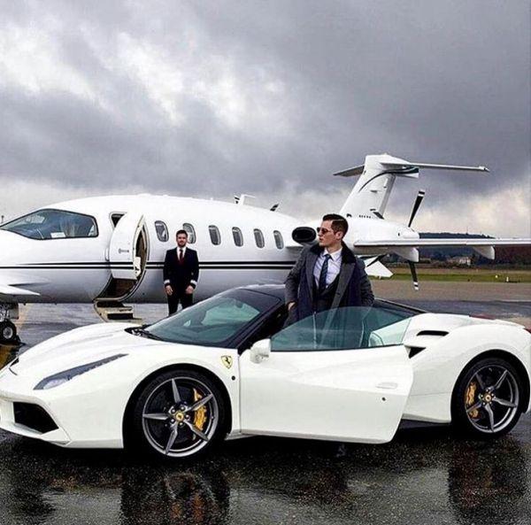 8 lenti e faticosi step per diventare un milionario
