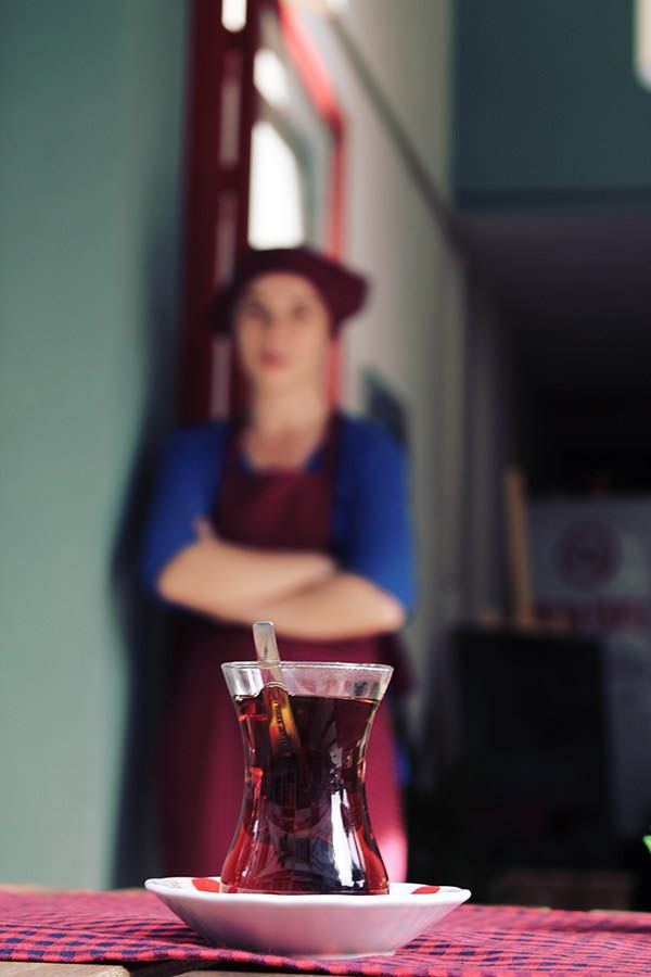 Zeze Cafe - Antalya cafeler . Çayı demledik bekliyoruz.