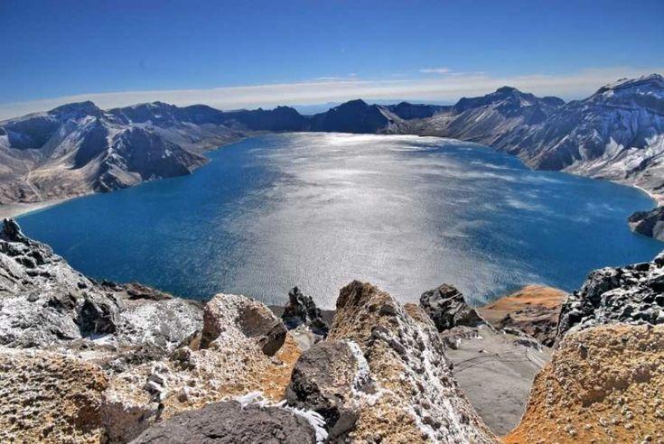 Самое высокое кратерное озеро в мире