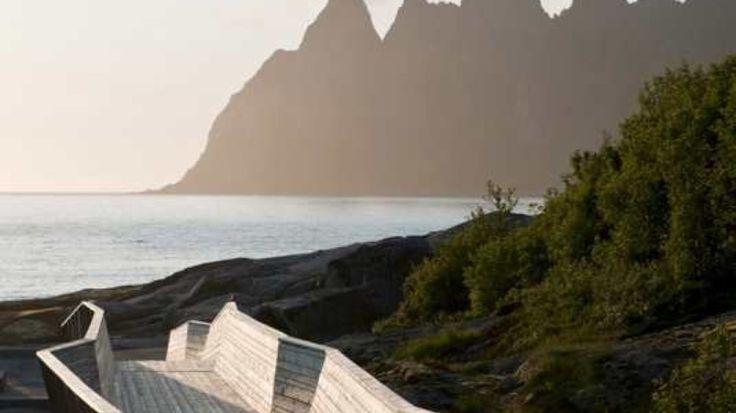 Tungeneset rasteplass og utsiktspunkt - RASTEPLASS: Tungeneset rasteplass og utsiktspunkt på Senja. - Foto: Jiri Havran /Statens vegvesen /