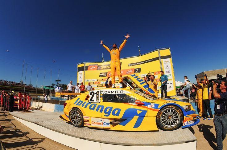 Thiago Camilo venceu a segunda corrida em Cascavel (Duda Bairros/Vicar)