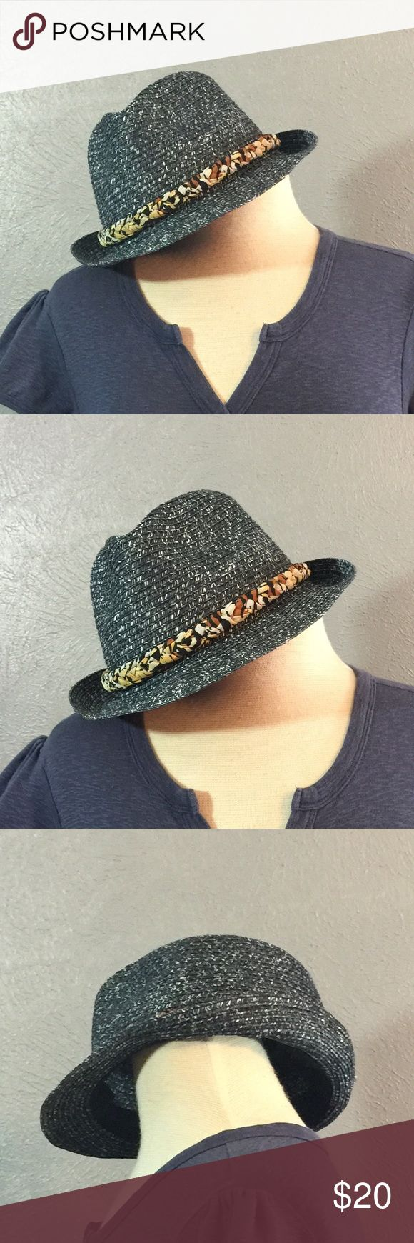 #2lb Fedora Hat w/ removable Hat Band D and Y hat. Style AFD H0336. 100% paper. One size fits most. Do not wash back clean only. Small make up line by forehead. D&Y Accessories Hats