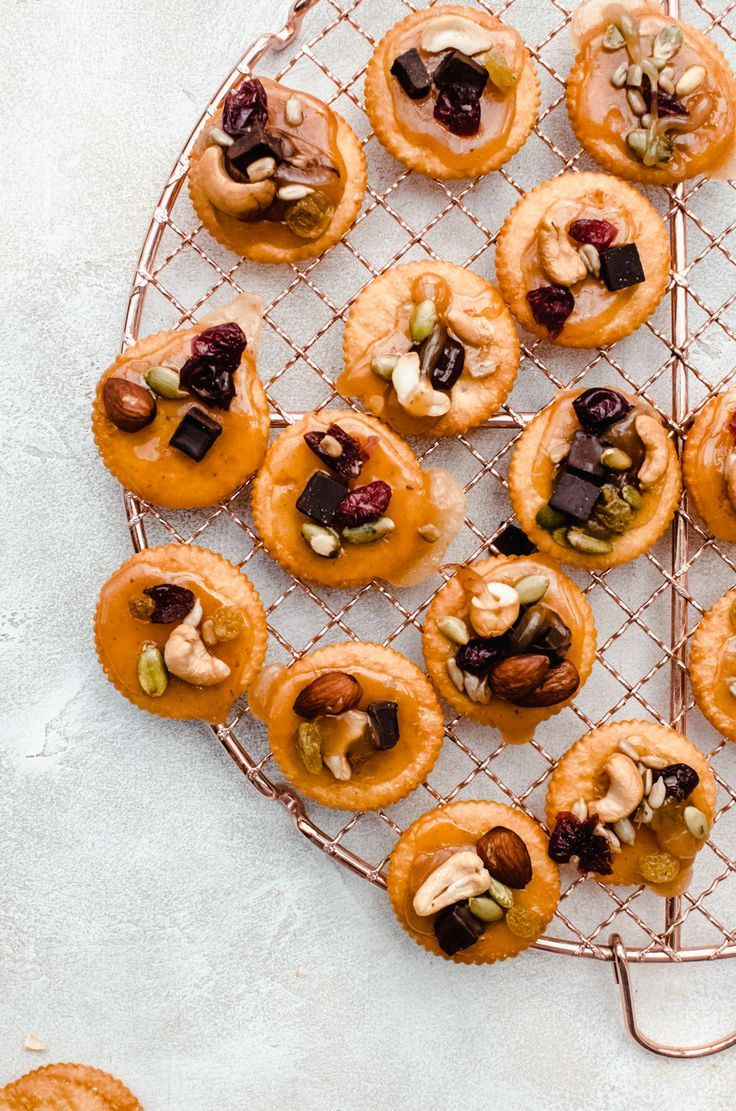 Sweet and salty snacking heaven. These RITZ Cracke…