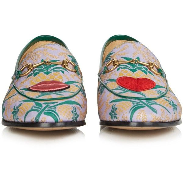 Gucci Jordan jacquard loafers (36.325 RUB) ❤ liked on Polyvore featuring shoes, loafers, cushioned shoes, almond toe shoes, gucci shoes, loafers moccasins and embroidered shoes