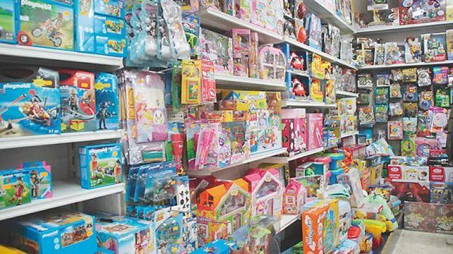 El programa Ahora 12 se renueva hasta abril e incorpora juguetes y juegos de mesa en 3 y 6 cuotas   Con este programa se pueden comprar productos de industria nacional y servicios prestados en el país en 3 6 12 y 18 cuotas.  La Secretaría de Comercio del Ministerio de Producción anunció la renovación de AHORA 3 AHORA 6 AHORA 12 y AHORA 18 hasta el 1 de abril de 2018 a través de una disposición que será publicada mañana en el Boletín Oficial.  El objetivo del programa es fomentar el consumo y…
