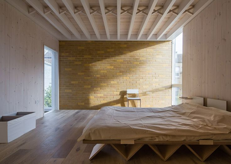 Pale brick extension to a London home by Tsuruta Architects