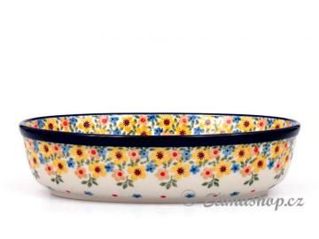 Spring pattern . Oval baking dish 24/16 cm. This Traditional Handmade Polish Pottery baker is from ELIMAshop.cz .  Squared desing / pattern . It was handpainted in Boleslawiec ( Bunzlau ) . ceramics . stoneware . ovenproof baking dish ! ( oválek 24/16cm - ELIMAshop.cz )