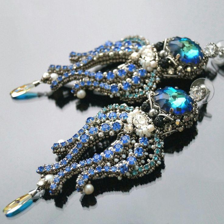 """Серьги """"хранители морских сокровищ"""" Призеры 4 конкурса дизайнеров при поддержке Swarovski  Beadedearrings, beadwork, beadweaving, seedbeads, бисероплетение, серьги из бисера, серьги осьминоги,"""