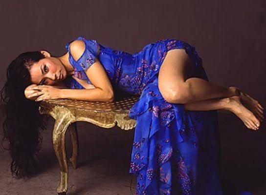 Lucy Liu Sexy Celebrity Legs Gallery | Zeman Celeb Legs | 00014