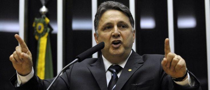 URGENTE - Ex governador Anthony Garotinho acaba de ser preso, veja aqui... - https://pensabrasil.com/urgente-ex-governador-anthony-garotinho-acaba-de-ser-preso-veja-aqui/