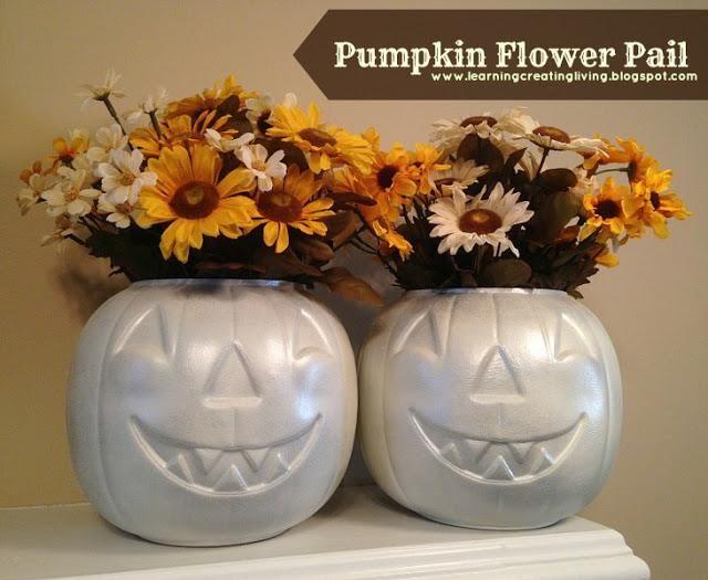 DIY Halloween : DIY Pumpkin Flower Pail DIY Halloween Decor