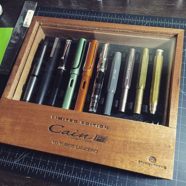 New cigar box pen case from BamaPens pens! I'm in love with this thing! #fountainpen #penaddict #bamapens