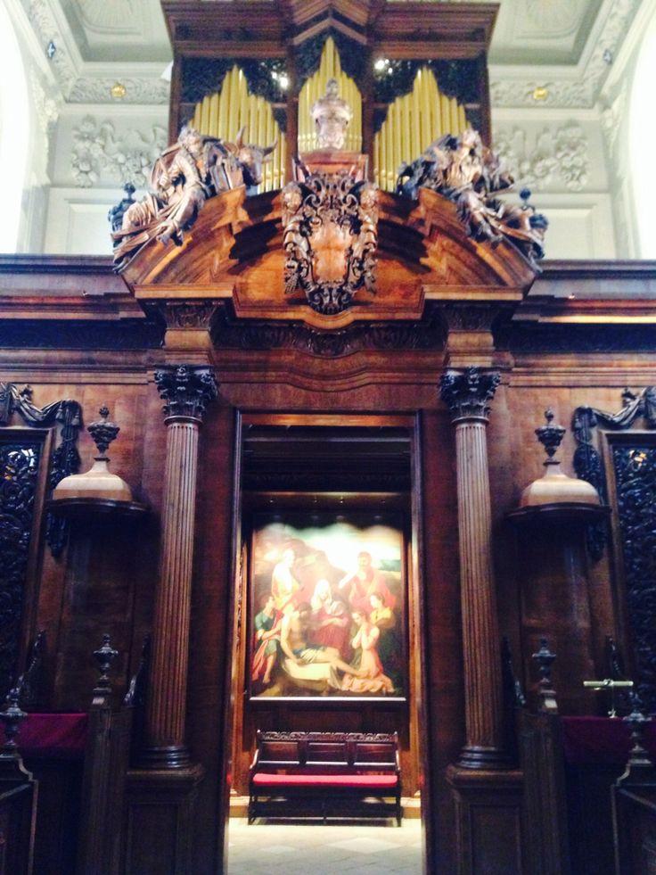 The organ, Trinity chapel