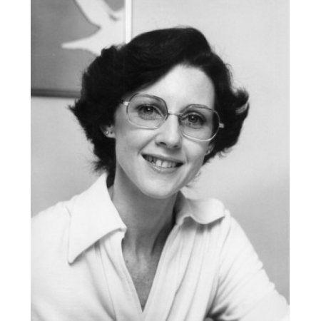 17 Best Ideas About Women In Glasses On Pinterest
