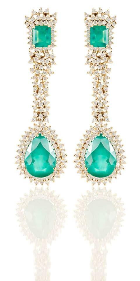 Brinco Fortune  Ouro amarelo, esmeraldas e diamantes africanos